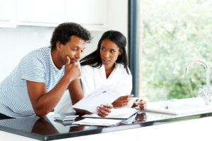 Recognizing Symptoms of Finance Stress and How to Deal With Them