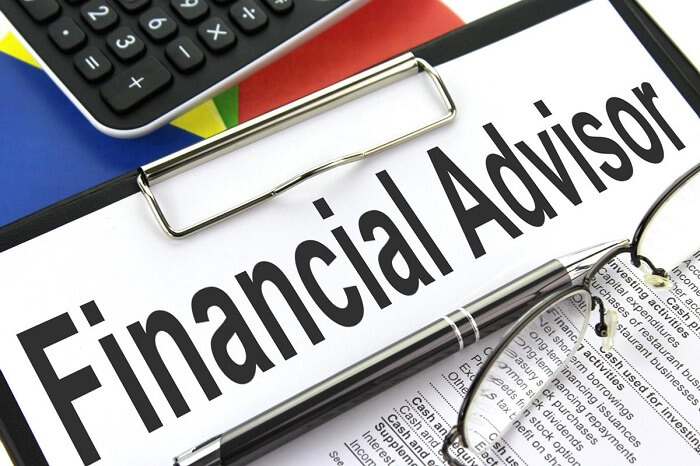 Get the Appropriate Financial Advisor Job
