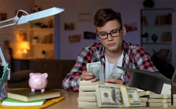 College Students' Finance Management Ideas